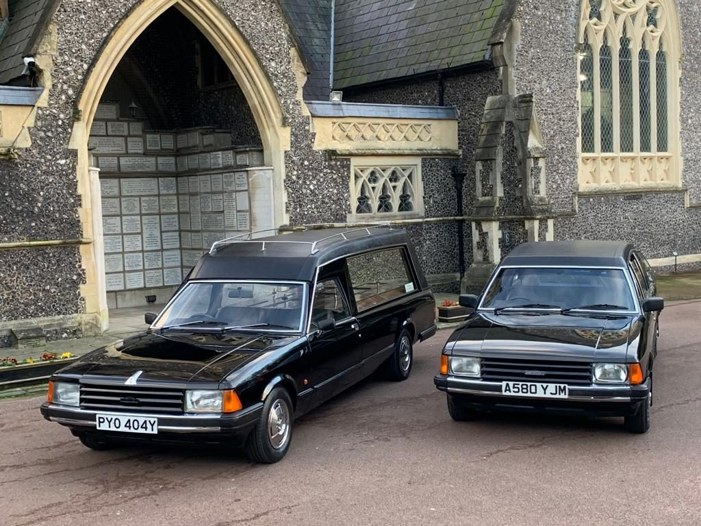 Henfield Funeral Services - Ford Granadas 2